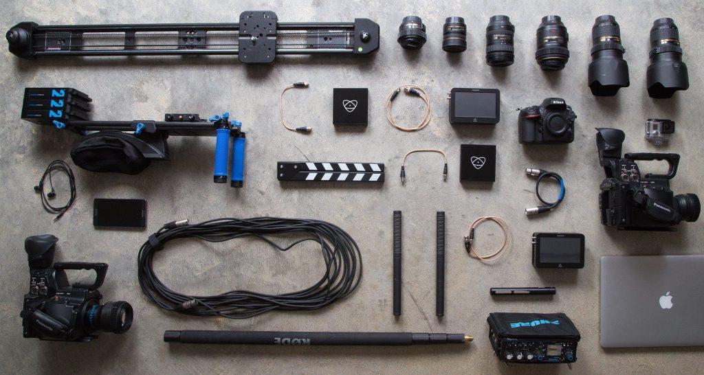 Equipamiento audiovisual de fotografía profesional.